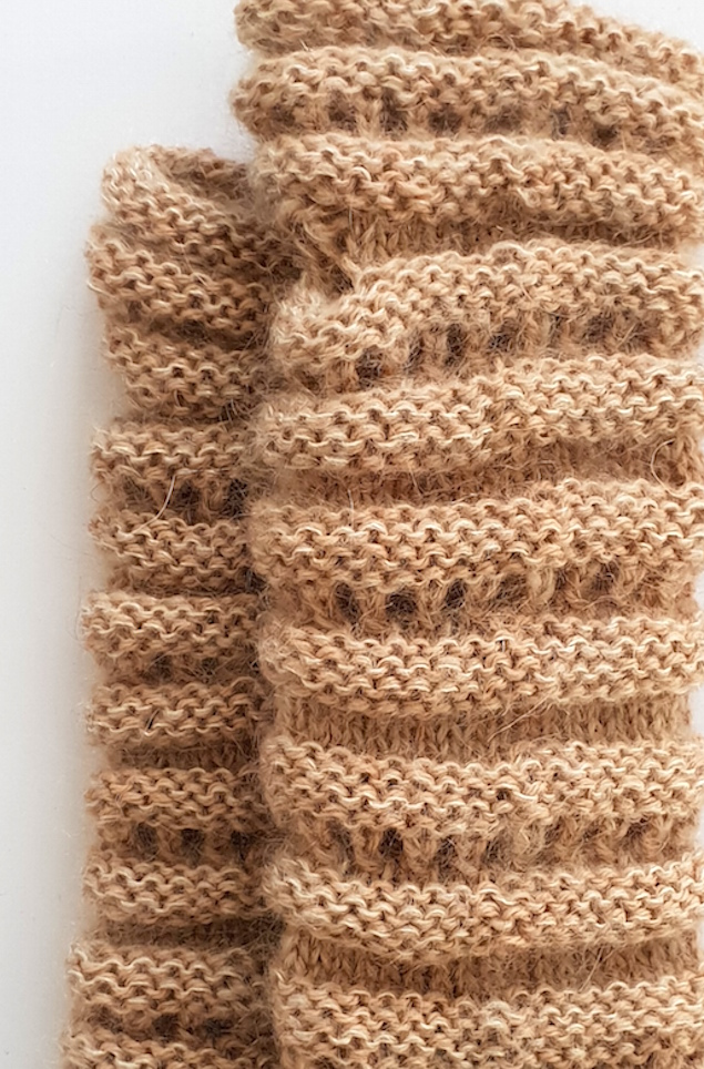 Håndvarmere i alpaka, mohair og silke i beige