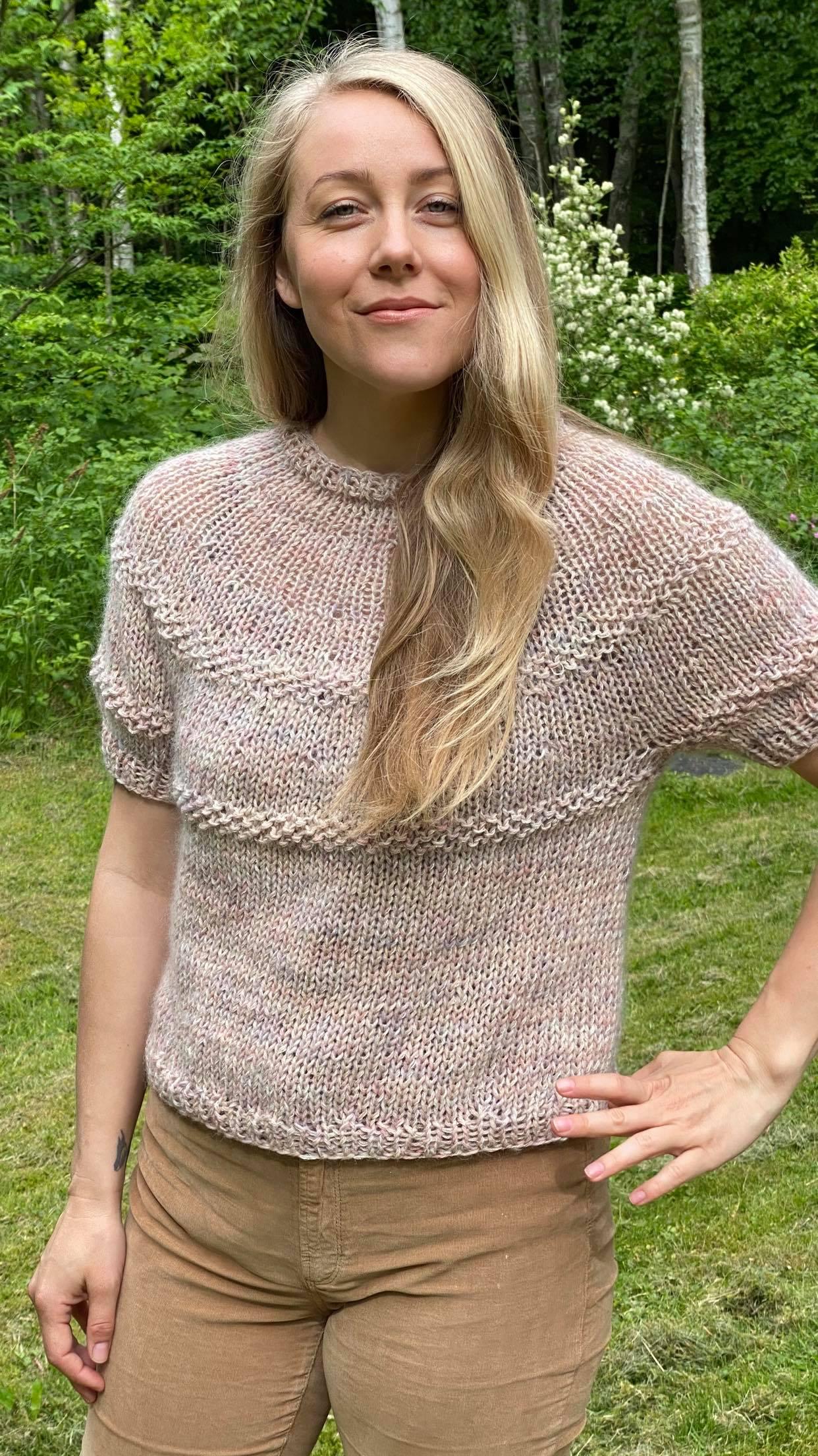 Unika bluse i hånd farvet uld