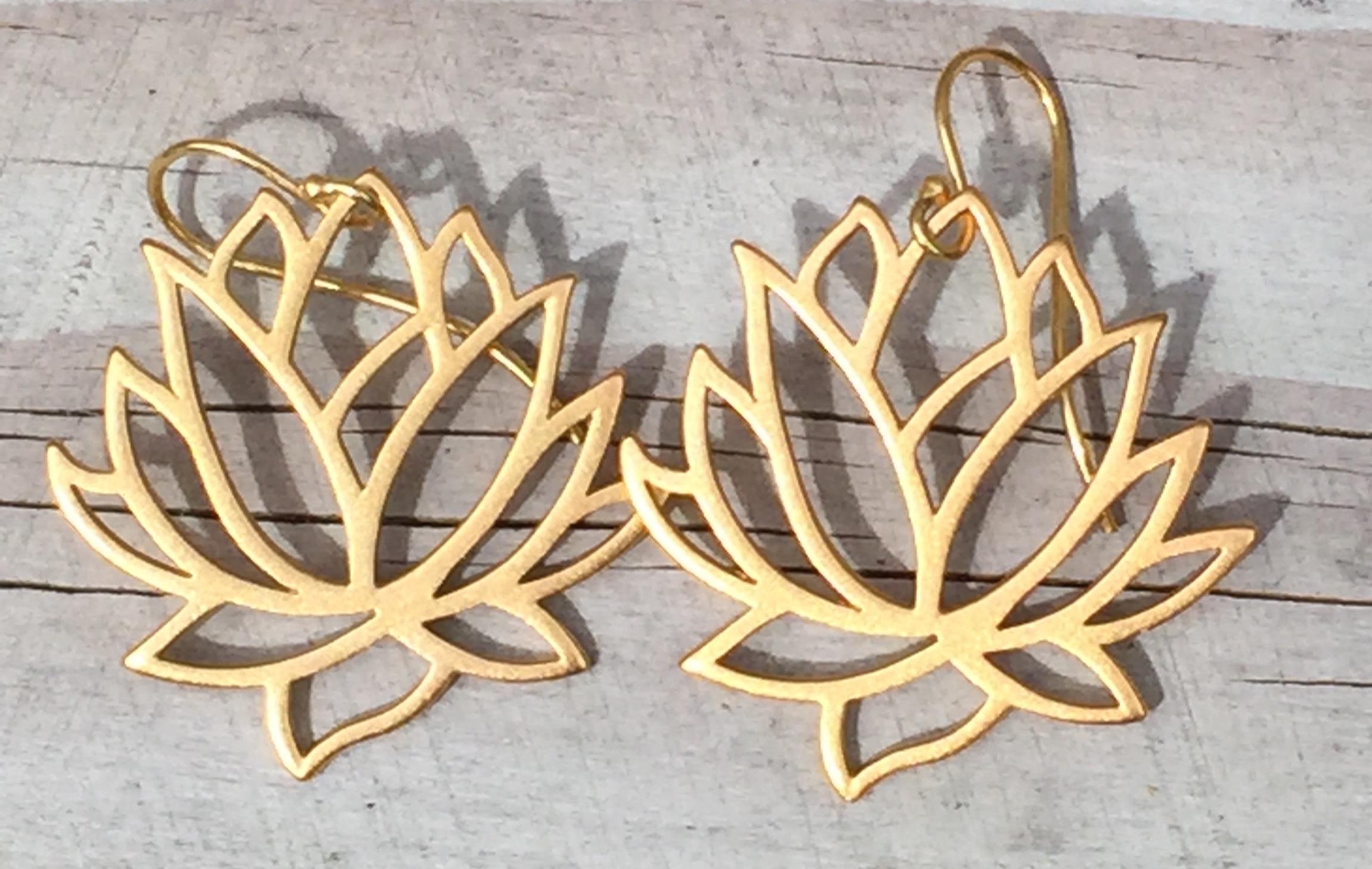 Store lotus øreringe